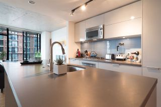 """Photo 12: 2606 108 W CORDOVA Street in Vancouver: Downtown VW Condo for sale in """"WOODWARDS"""" (Vancouver West)  : MLS®# R2237900"""