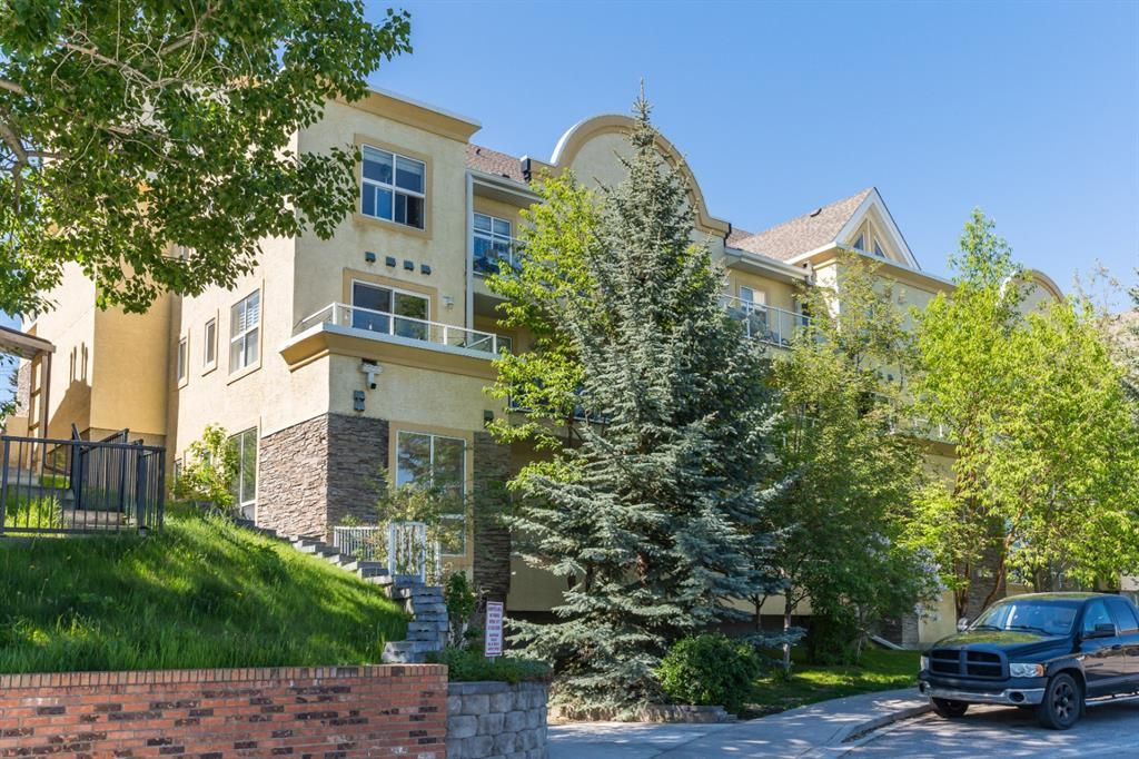 Main Photo: 307 1631 28 Avenue SW in Calgary: South Calgary Apartment for sale : MLS®# A1131920