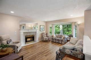 Photo 3: 6937 Hagan Rd in Central Saanich: CS Brentwood Bay House for sale : MLS®# 870053