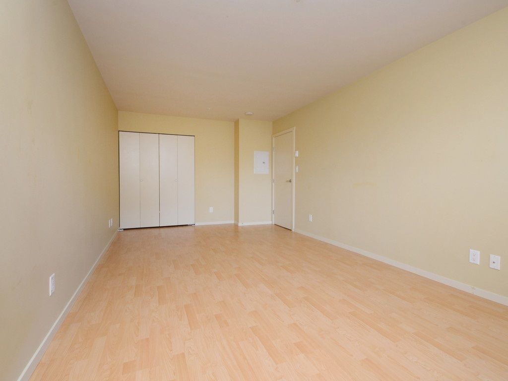 Photo 13: Photos: 213 315 KNOX Street in New Westminster: Sapperton Condo for sale : MLS®# R2232831