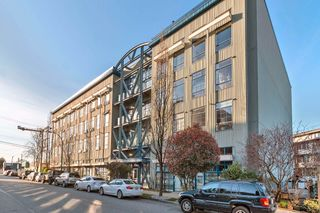 """Main Photo: 419 237 E 4TH Avenue in Vancouver: Mount Pleasant VE Condo for sale in """"ARTWORKS"""" (Vancouver East)  : MLS®# R2614599"""