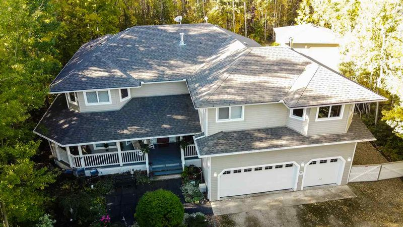FEATURED LISTING: 93 CRYSTAL SPRINGS Drive Rural Wetaskiwin County