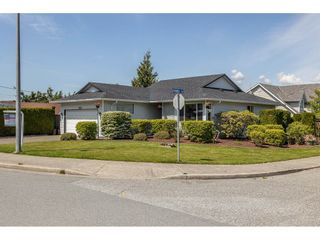 Photo 3: 33275 CHERRY Avenue in Mission: Mission BC House for sale : MLS®# R2580220