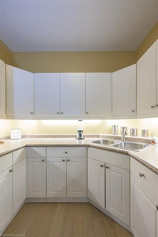 Photo 12: 36 1555 HIGHBURY Avenue in London: East A Residential for sale (East)  : MLS®# 40162340