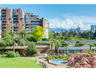 Photo 1: 208 1490 Pennyfarthing in Vancouver: False Creek Condo for sale (Vancouver West)  : MLS®# V1072315