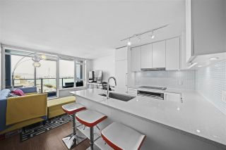 """Photo 12: 1607 668 COLUMBIA Street in New Westminster: Quay Condo for sale in """"TRAPP + HOLBROOK"""" : MLS®# R2597891"""