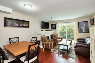 """Photo 2: 43 1561 BOOTH Avenue in Coquitlam: Maillardville Townhouse for sale in """"THE COURCELLES"""" : MLS®# R2297368"""