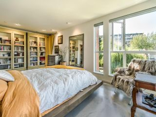 """Photo 28: 307 1502 ISLAND PARK Walk in Vancouver: False Creek Condo for sale in """"The Lagoons"""" (Vancouver West)  : MLS®# R2606940"""