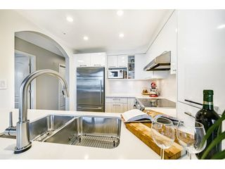"""Photo 15: 306 55 E 10TH Avenue in Vancouver: Mount Pleasant VE Condo for sale in """"Abbey Lane"""" (Vancouver East)  : MLS®# R2491184"""