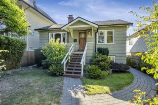 Photo 1: 238 E 28TH Avenue in Vancouver: Main House for sale (Vancouver East)  : MLS®# R2497227