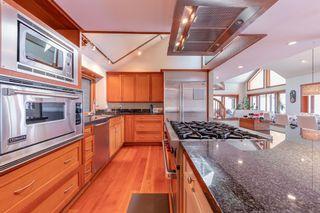 Photo 17: 5772 SUNSHINE FALLS Lane in North Vancouver: Woodlands-Sunshine-Cascade House for sale : MLS®# R2613401