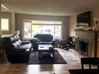 Photo 3: 18162 61B Avenue in Surrey: Cloverdale BC House for sale (Cloverdale)  : MLS®# R2509695