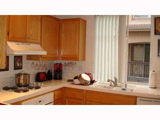 Photo 8: MISSION VALLEY Townhouse for sale : 2 bedrooms : 938 Camino De La Reina #78 in San Diego