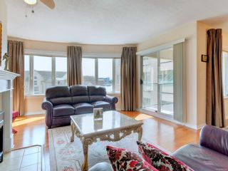 Photo 3: 518 50 Songhees Rd in : VW Songhees Condo for sale (Victoria West)  : MLS®# 885123