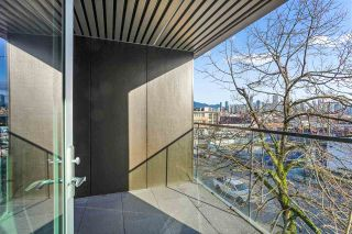 """Photo 6: 304 1819 W 5TH Avenue in Vancouver: Kitsilano Condo for sale in """"WEST FIVE"""" (Vancouver West)  : MLS®# R2605726"""