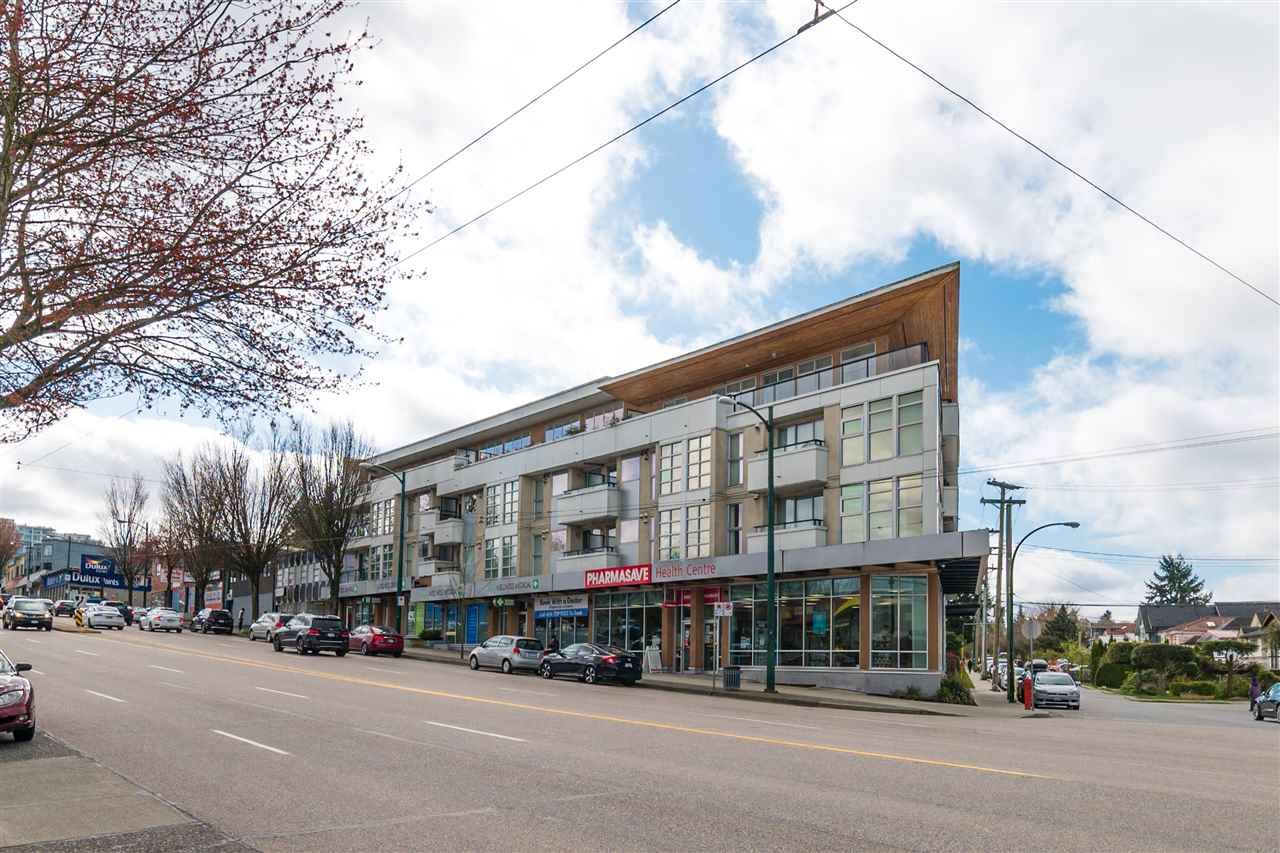 Main Photo: 303 4338 COMMERCIAL Street in Vancouver: Victoria VE Condo for sale (Vancouver East)  : MLS®# R2559654