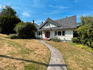 Main Photo: 3857 W 10TH Avenue in Vancouver: Point Grey House for sale (Vancouver West)  : MLS®# R2601162