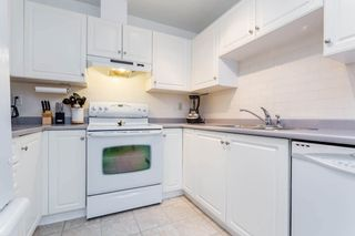 """Photo 8: 19 5664 208 Street in Langley: Langley City Townhouse for sale in """"The Meadows"""" : MLS®# R2244817"""