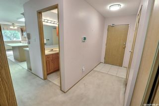 Photo 2: 201 54 19th Street East in Prince Albert: East Hill Residential for sale : MLS®# SK867441