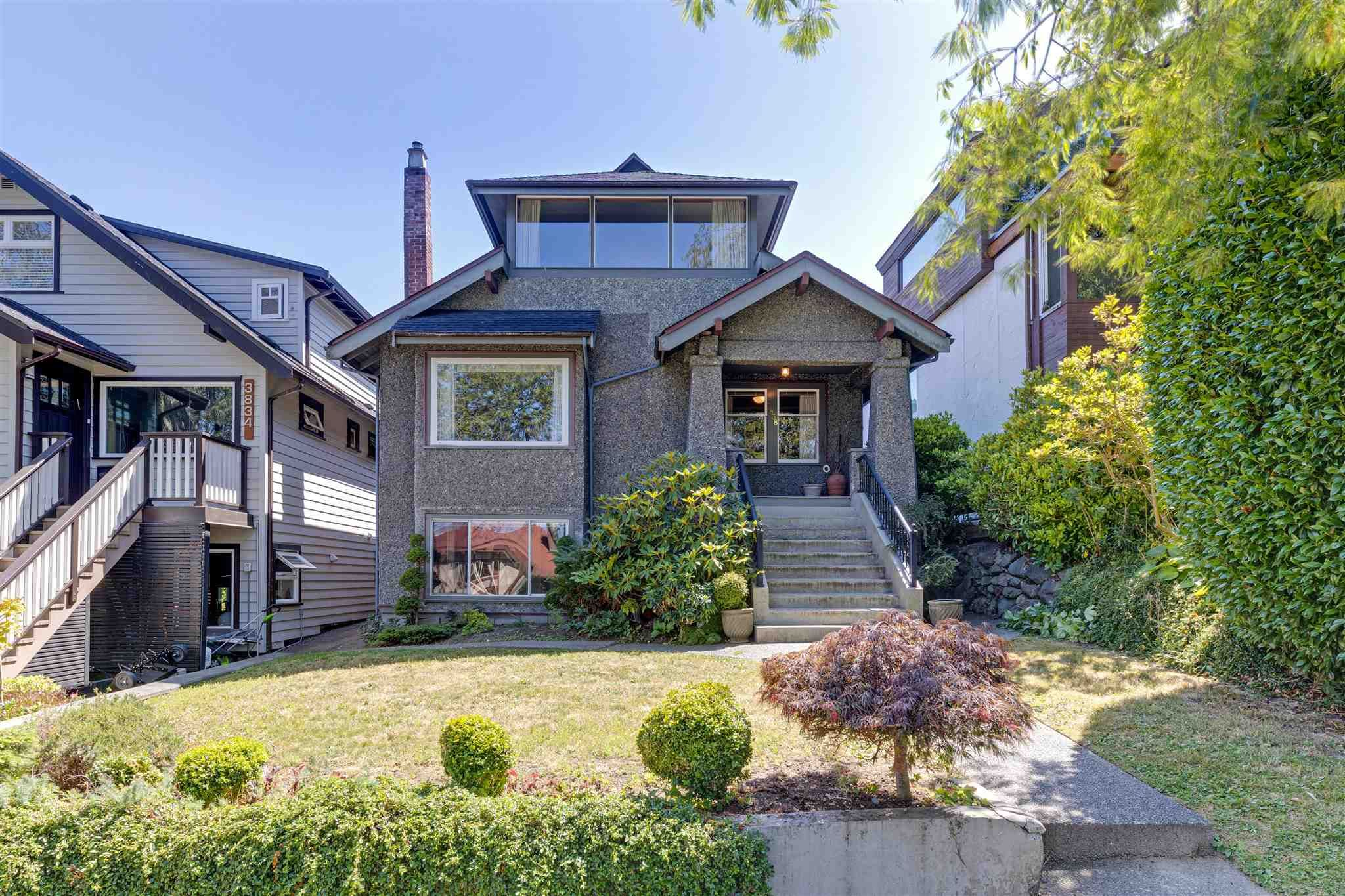 Main Photo: 3838 W 11TH Avenue in Vancouver: Point Grey House for sale (Vancouver West)  : MLS®# R2602940