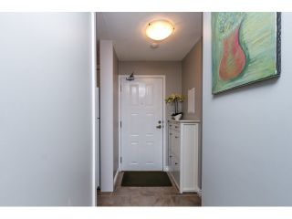 """Photo 3: 208 737 HAMILTON Street in New Westminster: Uptown NW Condo for sale in """"THE COURTYARD"""" : MLS®# R2060050"""