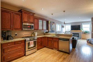 Photo 4: 1642 Westmount Boulevard NW in Calgary: Hillhurst Detached for sale : MLS®# A1138673