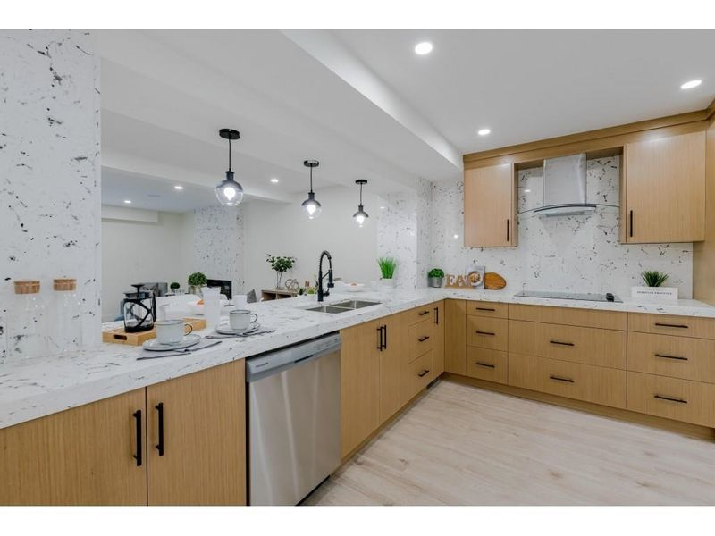 FEATURED LISTING: 8151 FOREST GROVE Drive Burnaby