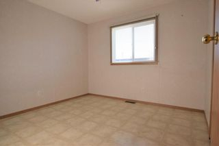 Photo 14: 5 BIRCH Crescent in St Clements: Birdshill Mobile Home Park Residential for sale (R02)  : MLS®# 1932095