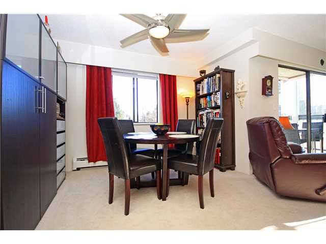 """Photo 4: Photos: 204 2425 SHAUGHNESSY Street in Port Coquitlam: Central Pt Coquitlam Condo for sale in """"SHAUGHNESSY PLACE"""" : MLS®# V1133706"""