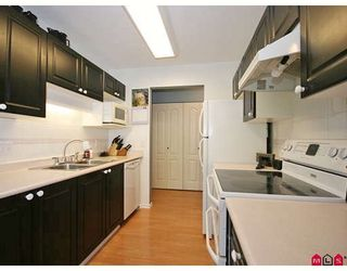 """Photo 6: 206 20453 53RD Avenue in Langley: Langley City Condo for sale in """"Countryside Estates"""" : MLS®# F2825799"""