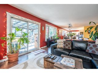 Photo 5: 15708 BROOME Road in Surrey: King George Corridor House for sale (South Surrey White Rock)  : MLS®# R2543944