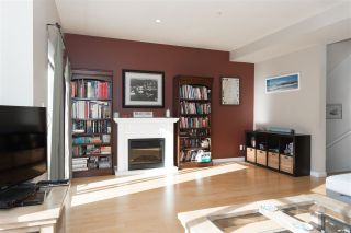 """Photo 4: 28 40632 GOVERNMENT Road in Squamish: Brackendale Townhouse for sale in """"RIVERSWALK"""" : MLS®# R2261504"""