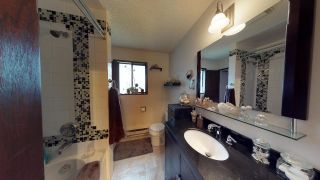 Photo 13: 5808 MEDUSA Street in Sechelt: Sechelt District House for sale (Sunshine Coast)  : MLS®# R2372533