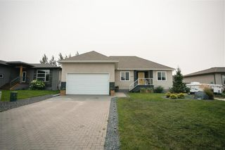 Photo 3: 448 Lucille Bay in St Adolphe: R07 Residential for sale : MLS®# 202120145