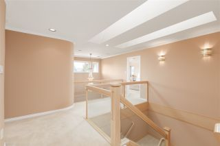 Photo 11: 8180 DALEMORE Road in Richmond: Seafair House for sale : MLS®# R2445025