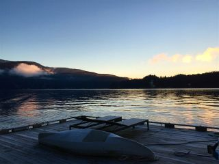 """Photo 35: 5025 INDIAN ARM in North Vancouver: Deep Cove House for sale in """"DEEP COVE"""" : MLS®# R2506418"""