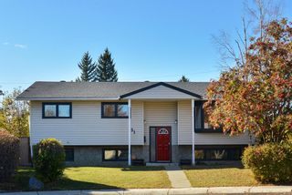 Main Photo: 151 Silver Brook Road NW in Calgary: Silver Springs Detached for sale : MLS®# A1155855