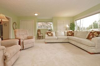 """Photo 10: 914 RUNNYMEDE Avenue in Coquitlam: Coquitlam West House for sale in """"COQUITLAM WEST"""" : MLS®# R2032376"""