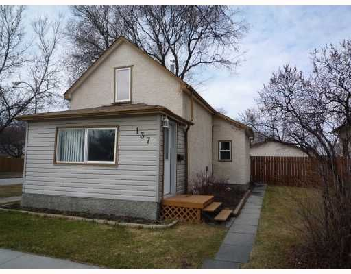 Main Photo: 137 MCMEANS Avenue West in WINNIPEG: Transcona Residential for sale (North East Winnipeg)  : MLS®# 2907147