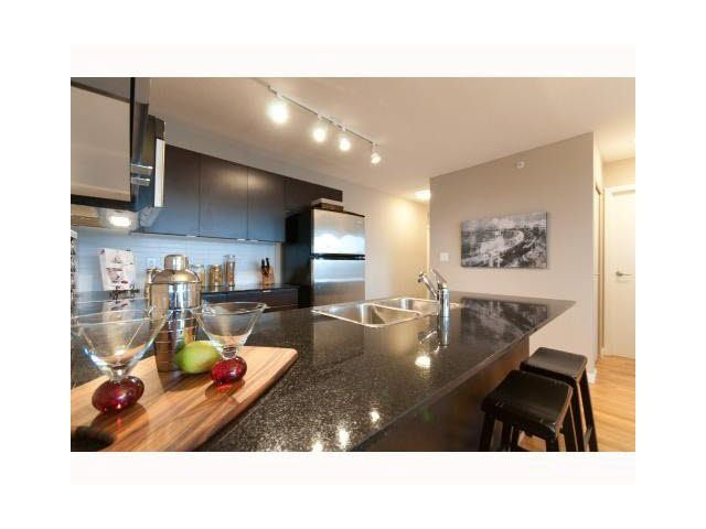 """Photo 7: Photos: 1404 4178 DAWSON Street in Burnaby: Brentwood Park Condo for sale in """"TANDEM"""" (Burnaby North)  : MLS®# V1117379"""