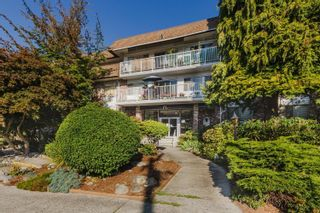 """Photo 4: 204 815 FOURTH Avenue in New Westminster: Uptown NW Condo for sale in """"Norfolk House"""" : MLS®# R2616544"""