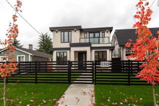 FEATURED LISTING: 1711 MACGOWAN Avenue North Vancouver