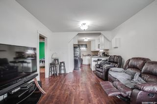 Photo 3: 1808 F Avenue North in Saskatoon: Mayfair Residential for sale : MLS®# SK867653
