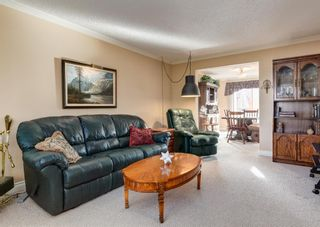 Photo 3: 5 714 Willow Park Drive SE in Calgary: Willow Park Row/Townhouse for sale : MLS®# A1084820
