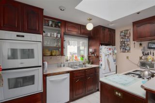 Photo 3: 744 MILLER Avenue in Coquitlam: Coquitlam West House for sale : MLS®# R2278695