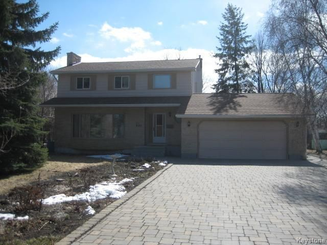 Main Photo: 600 FOXGROVE Avenue in East St Paul: Birdshill Area Residential for sale (North East Winnipeg)  : MLS®# 1603270