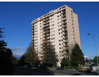 """Photo 1: 405 320 ROYAL Avenue in New_Westminster: Downtown NW Condo for sale in """"THE PEPPERTREE"""" (New Westminster)  : MLS®# V765945"""
