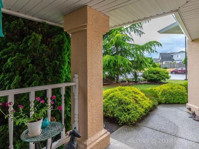 Photo 4: Photos: 208 LODGEPOLE DRIVE in PARKSVILLE: Z5 Parksville House for sale (Zone 5 - Parksville/Qualicum)  : MLS®# 457660