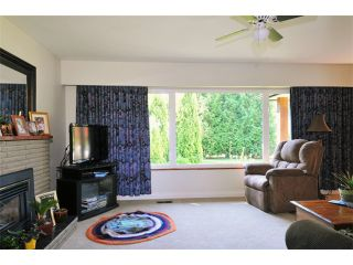 """Photo 6: 22579 124TH Avenue in Maple Ridge: East Central House for sale in """"CENTRAL MAPLE RIDGE"""" : MLS®# V967385"""