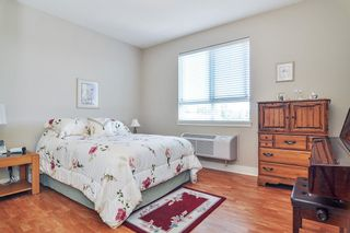"Photo 14: 403 5430 201 Street in Langley: Langley City Condo for sale in ""SONNET"" : MLS®# R2479935"